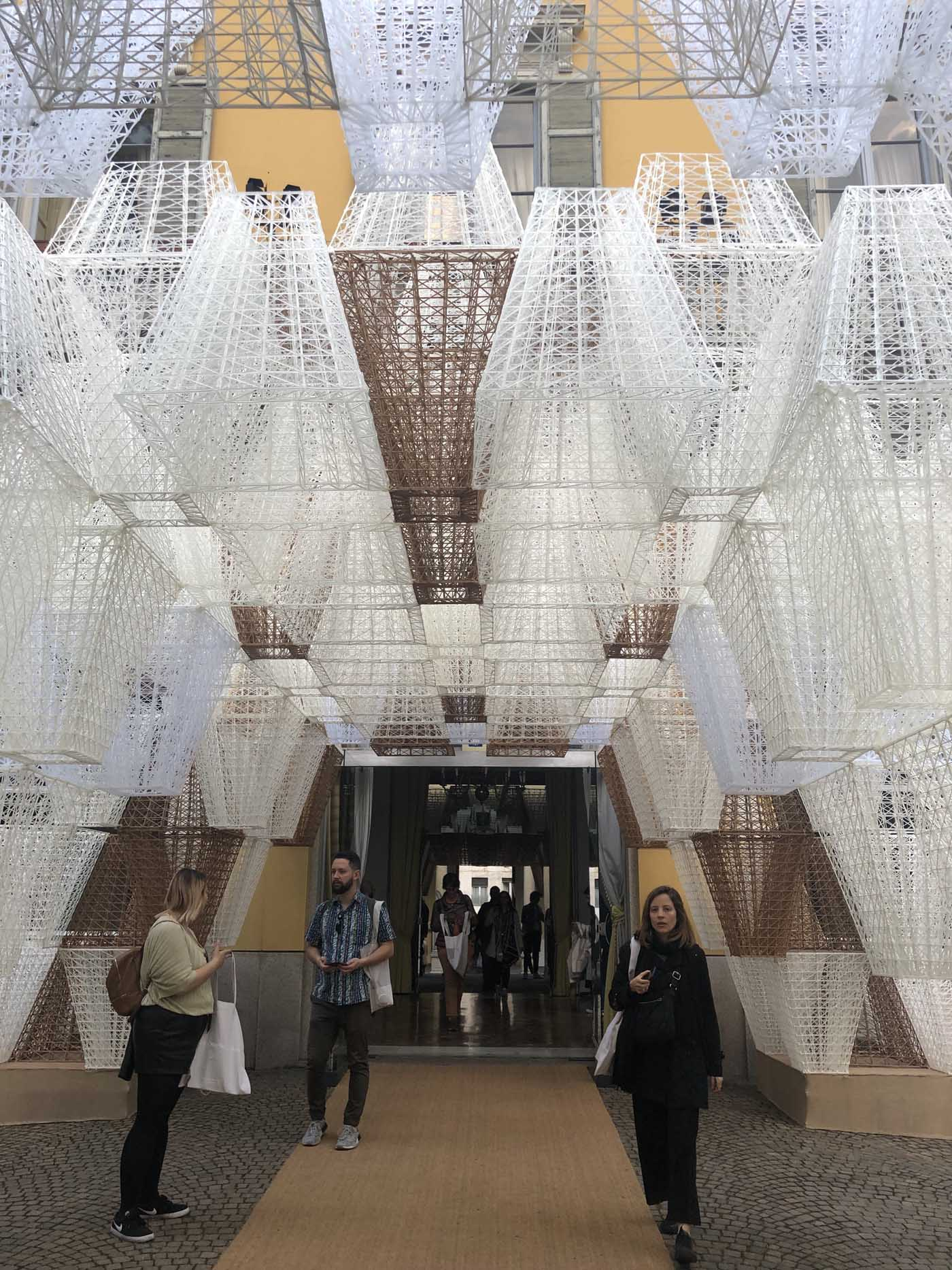 COS Pavilion reimagined in 3-D printing by French architect Mamou-Mani